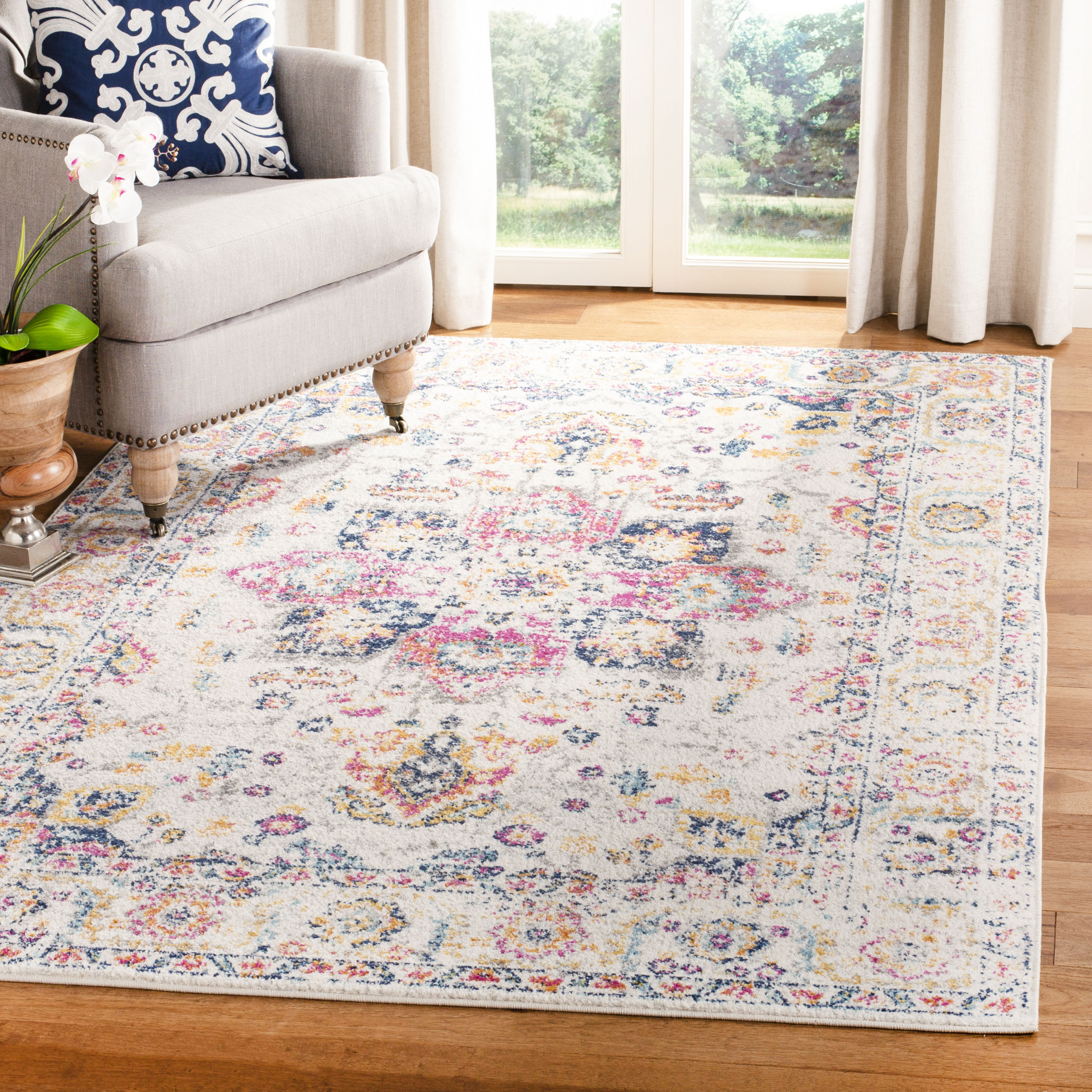 Safavieh Madison Katina Traditional Faded Area Rug