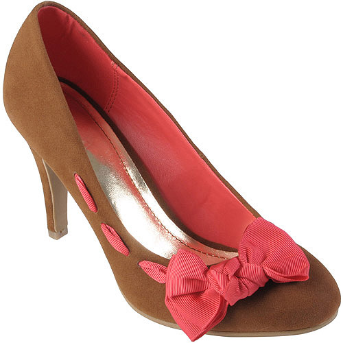 Brinley Co Women's Round Toe Bow Accent Pumps