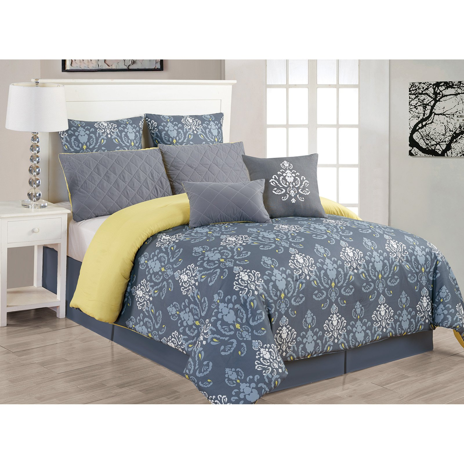 Lucienda Queen 3 Piece Duvet Set in Grey-Green