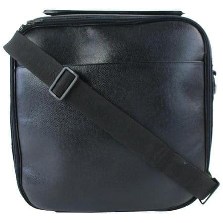 Louis Vuitton Luggage (Taiga Leather Tura 2way Luggage 7lz0802 )