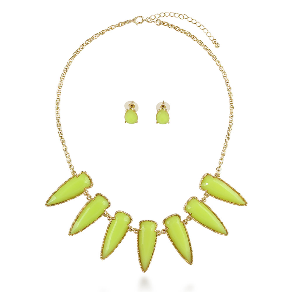 "BERRICLE Gold Flashed Base Metal Spike Fashion Statement Necklace and Earrings Set 18""+3"" Extender"