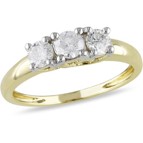 1 2 Carat T.W. Three-Stone Diamond Engagement Ring in 14kt Yellow Gold, IGL Certified by