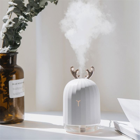 220ml Cute Antler Ultrasonic Cool Mist Humidifier, Portable USB Humidifier LED Colorful Breathing Light, Aroma Essential Oil Diffuser for Baby Bedroom Car Office Yoga