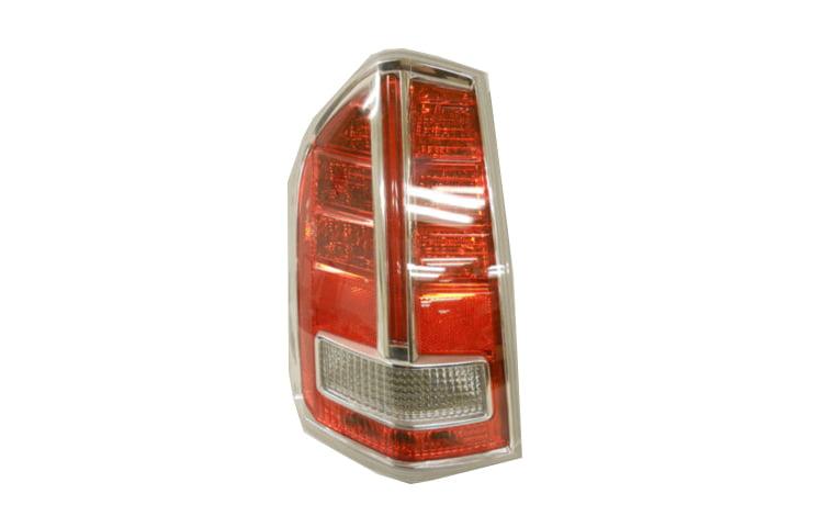 Depo 324-2007R-USN7Y Lexus IS 300 Passenger Side Fog Lamp Lens and Housing