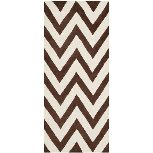 Safavieh Cambridge Kaitlyn Zig Zag Stripes Area Rug or Runner