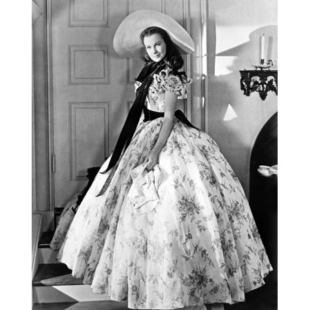 Gone With The Wind Scarlett OHara Side View Posed Photo Print (Scarlett Ohara Costume)