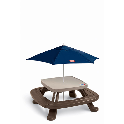 Little Tikes Fold 'n Store Picnic Table with Market Umbrella by MGA Entertainment