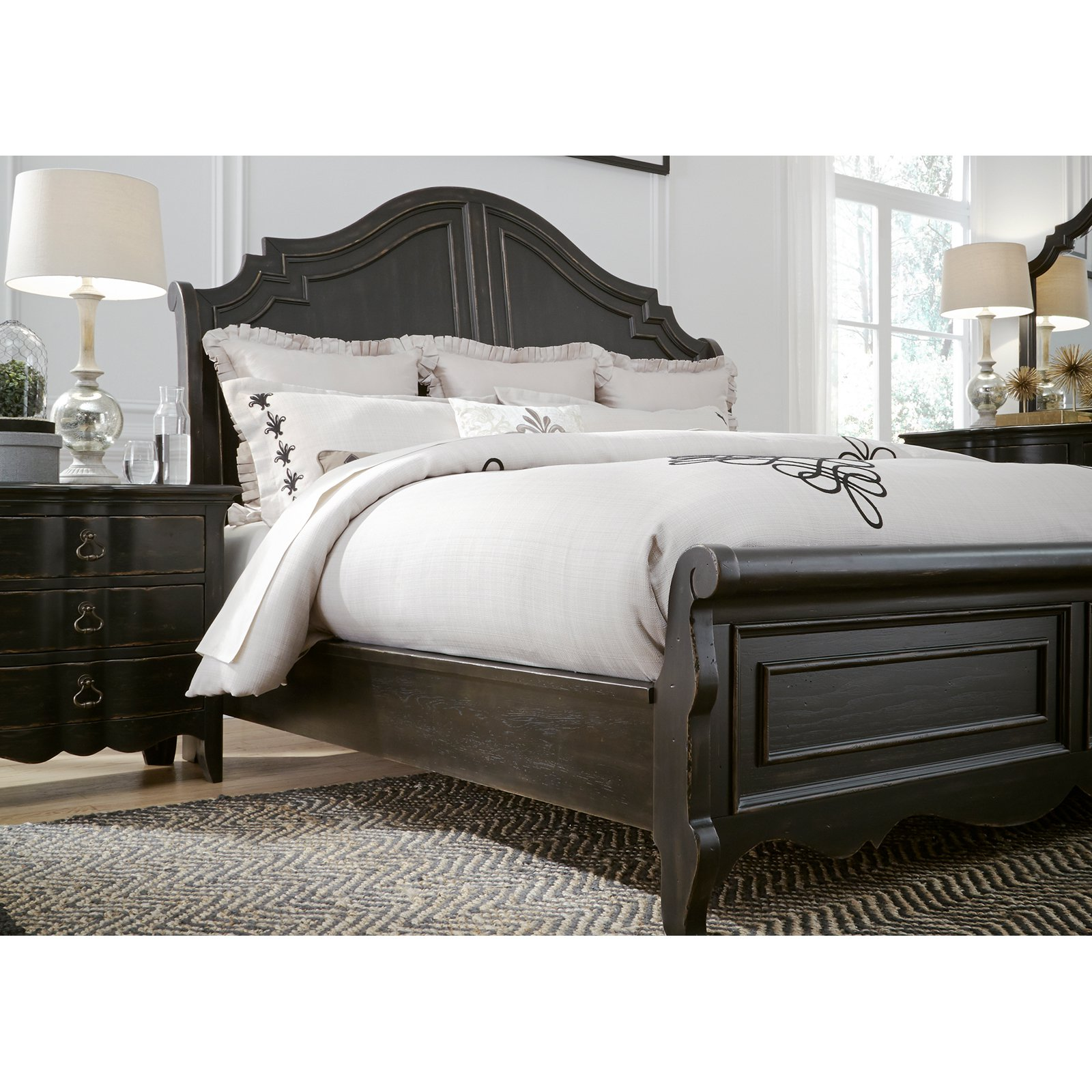 Liberty Furniture Industries Chesapeake Sleigh Bed