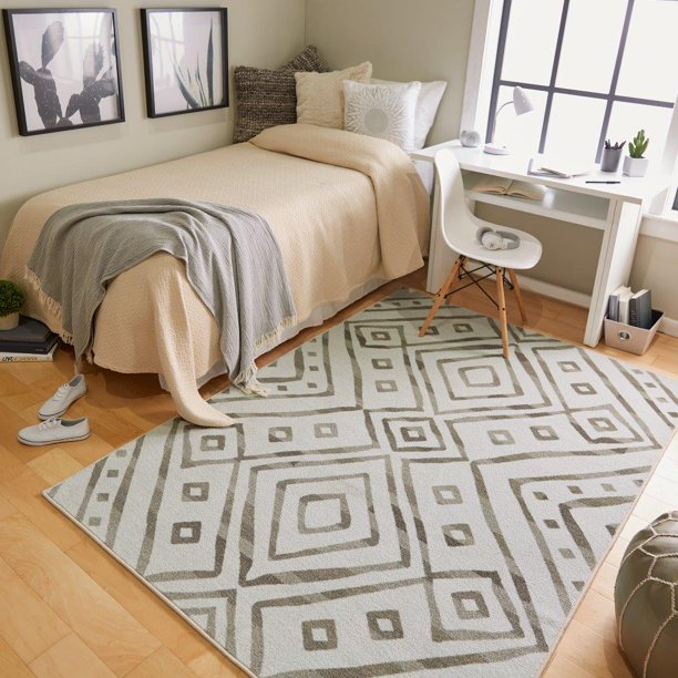 Mohawk Home Farstar Printed Rug in Cream, 5'x7'