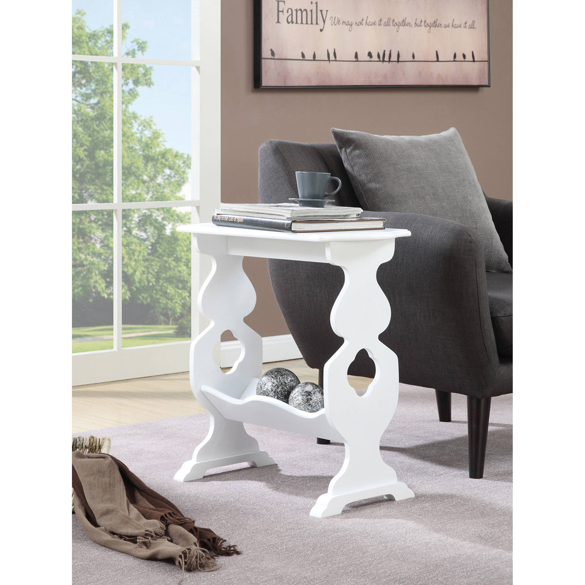Convenience Concepts American Heritage Willow End Table with Magazine Rack, Multiple... by CONVENIENCE CONCEPTS, INC