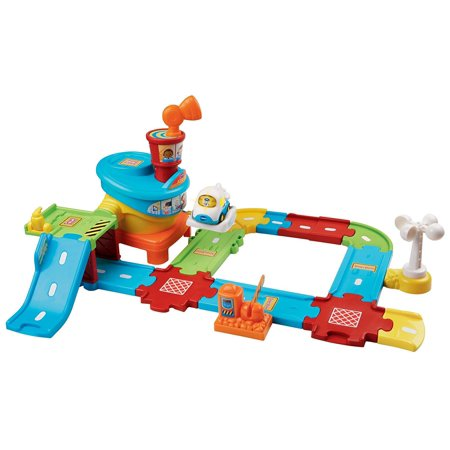 - Go! Go! Smart Wheels Airport Playset, Enhance your child's creativity with Go! Go! Smart educational toys; kids build the airport and send vehicles through the course and the air Ship from US