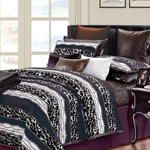 Passionate 7-Piece Duvet Cover Set