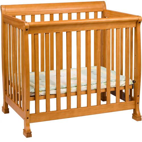 DaVinci Kalani 2-in-1 Mini Crib and Twin Bed, Oak