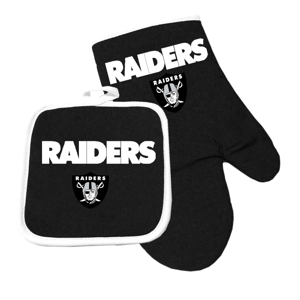 Oakland Raiders NFL Oven Mitt and Pot Holder Set by Pro Specialties Group