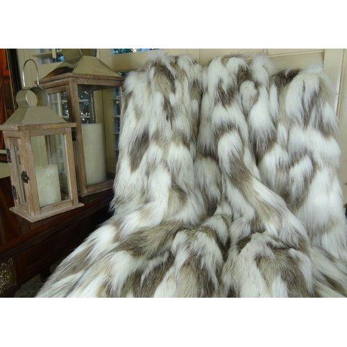 Loon Peak Rutan Rabbit Bedspread