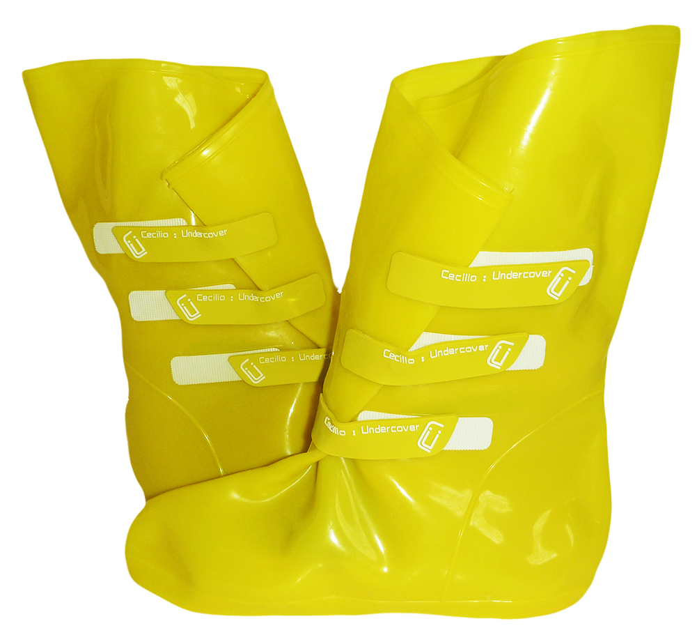 Cecilia Undercover Size Medium Womens OMGaloshes Rain Boot Shoe Covers, Yellow