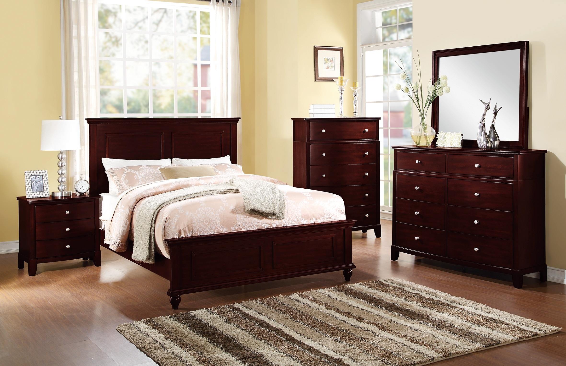Country Living Bedroom Furniture Classic Dark Brown Color 4pc Set  California King Size Bed Dresser Mirror