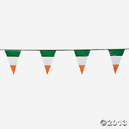 Flag Party Tape (100Ft Plastic Irish Flag Pennant Banner St Patrick's Day Party Decoration )