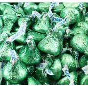 Hershey's Kisses, Milk Chocolate in Light Green Foils (Pack of 2 Pound)
