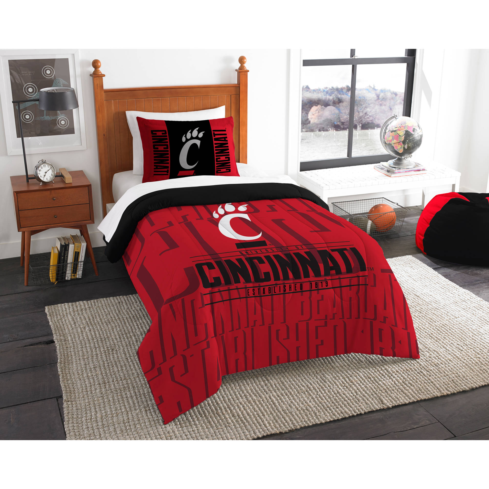 "NCAA Cincinnati Bearcats ""Modern Take"" Bedding Comforter Set"