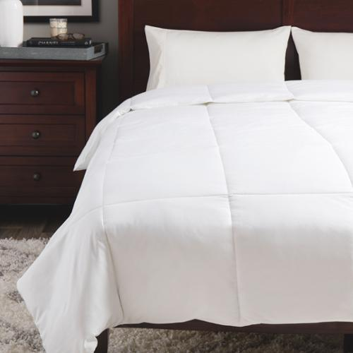 Equilibrium Outlast Temperature Regulating Comforter Full