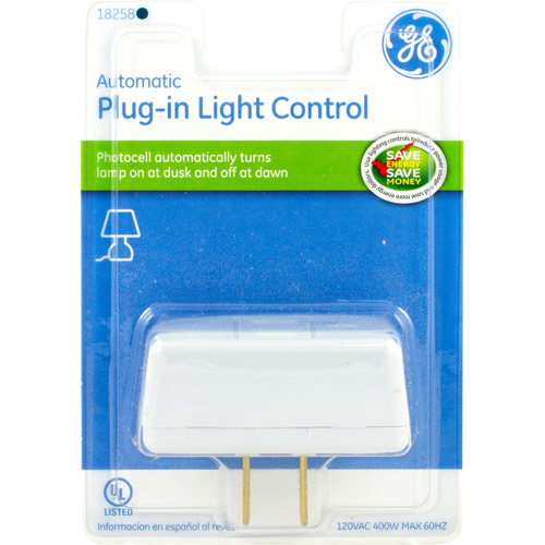 Automatic Plug-In Light Control, Photocell Turns Light On/Off