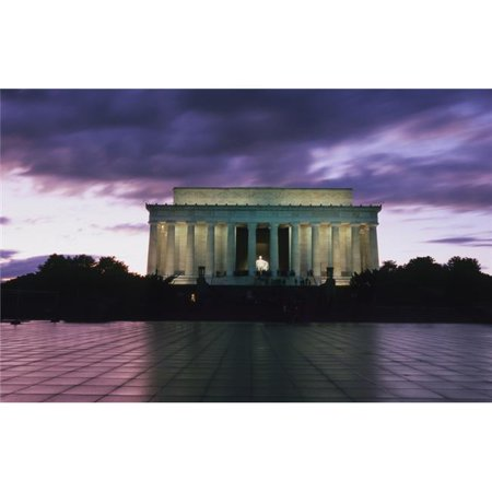 Posterazzi DPI1892693LARGE The Lincoln Memorial At West End of National Mall At Dusk Poster Print, 38 x 24 - Large - image 1 of 1
