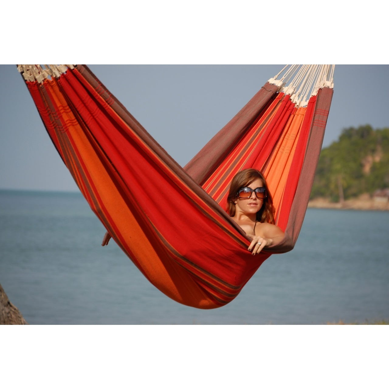 Click here to buy Byer of Maine Paradiso Double Hammock by Overstock.