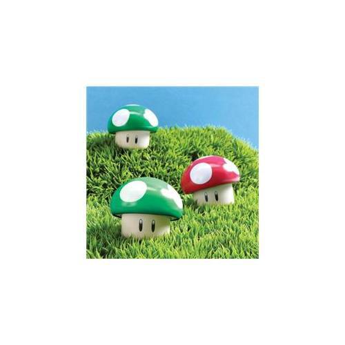 Boston America 173664 Super Mario Bros.  Sour Candy Mushroom Tin
