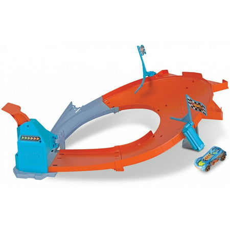 Hot Wheels Drift Master Champion Vehicle Racing Playset