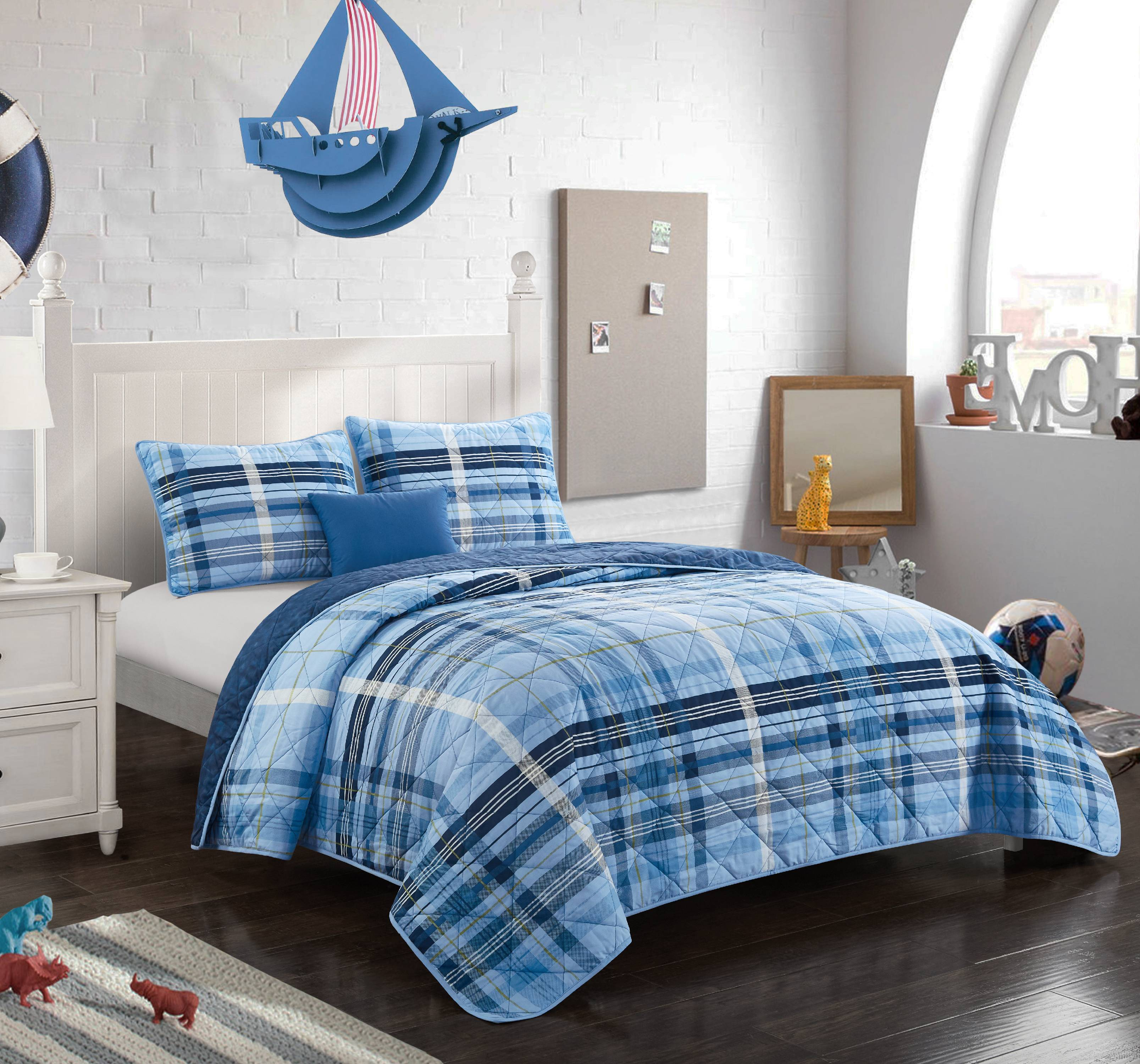 Better Homes & Gardens Navy Blues Plaid Quilt Set