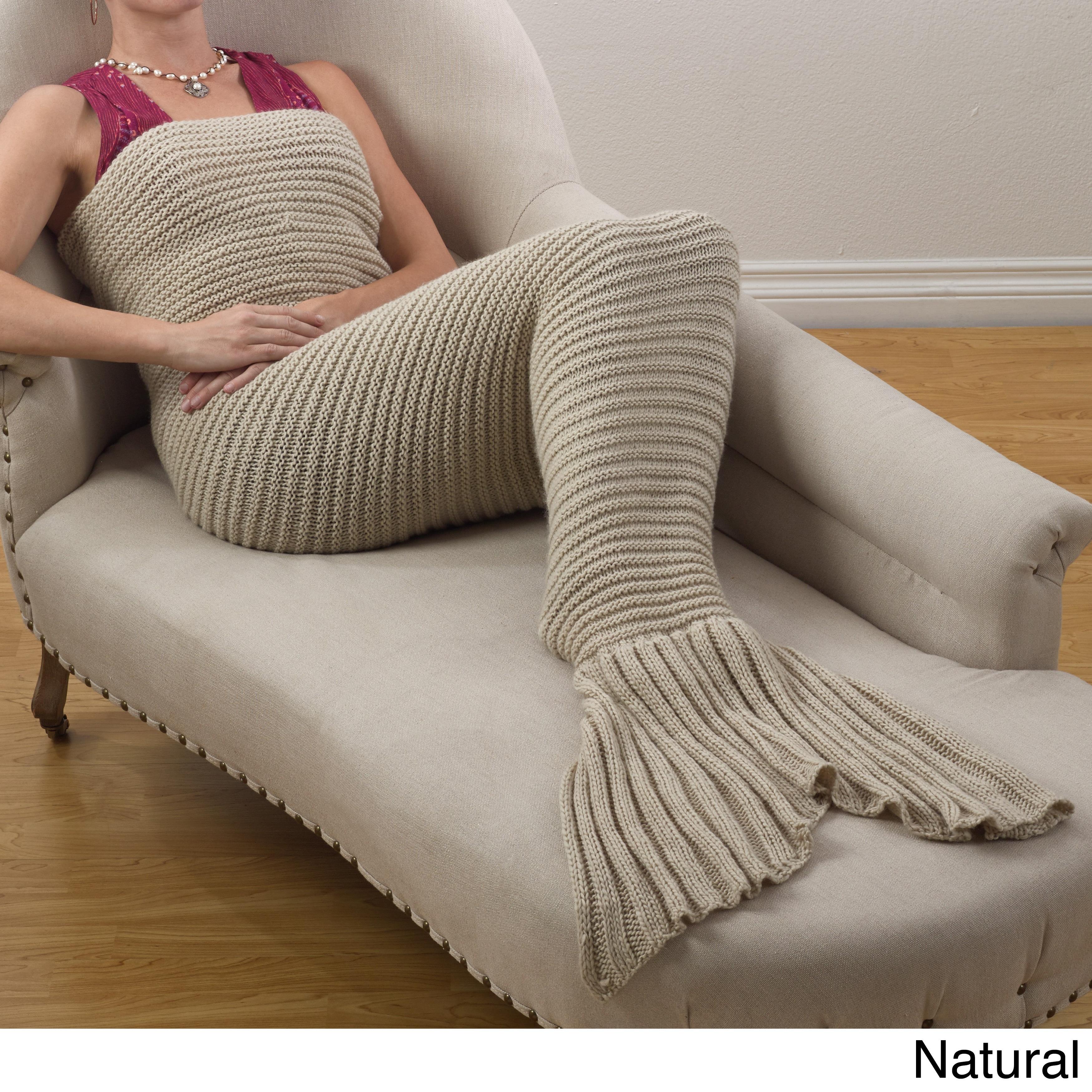 Saro Chunky Knit Mermaid Tail Design Throw Blanket