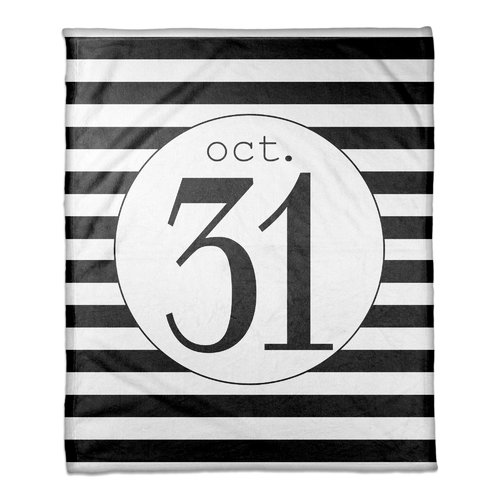 The Holiday Aisle Percy October 31st Stripes Fleece Blanket