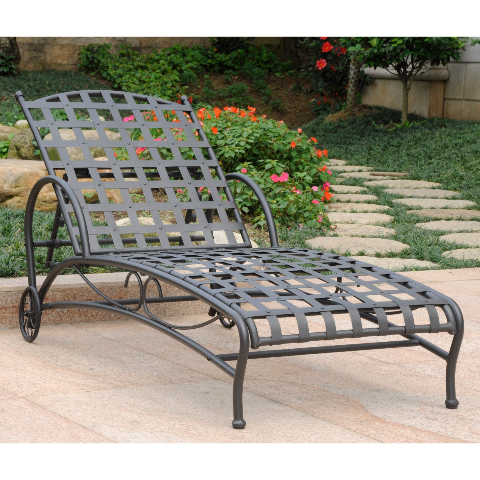 International Caravan Santa Fe Iron Multi Position Single Outdoor Chaise Lounge by International Caravan