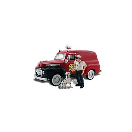 Autoscene Fire Chief Panel Truck w/Figures HO Scale, Includes highly-detailed pieces. By Woodland -