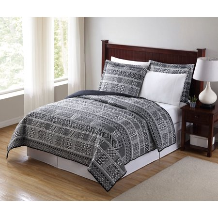 - Mainstays Global Black and White Quilt, Queen