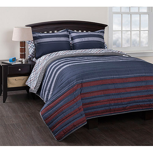 American Original Varsity Stripe Reversible Quilt Set with Sheets, Blue
