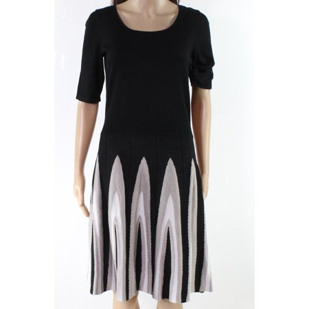 Womens Medium Scoop Neck A-Line Dress -