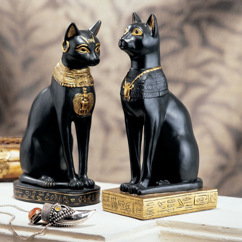 Design Toscano Egyptian Cat Goddess Bastet Figurine in Matte Black