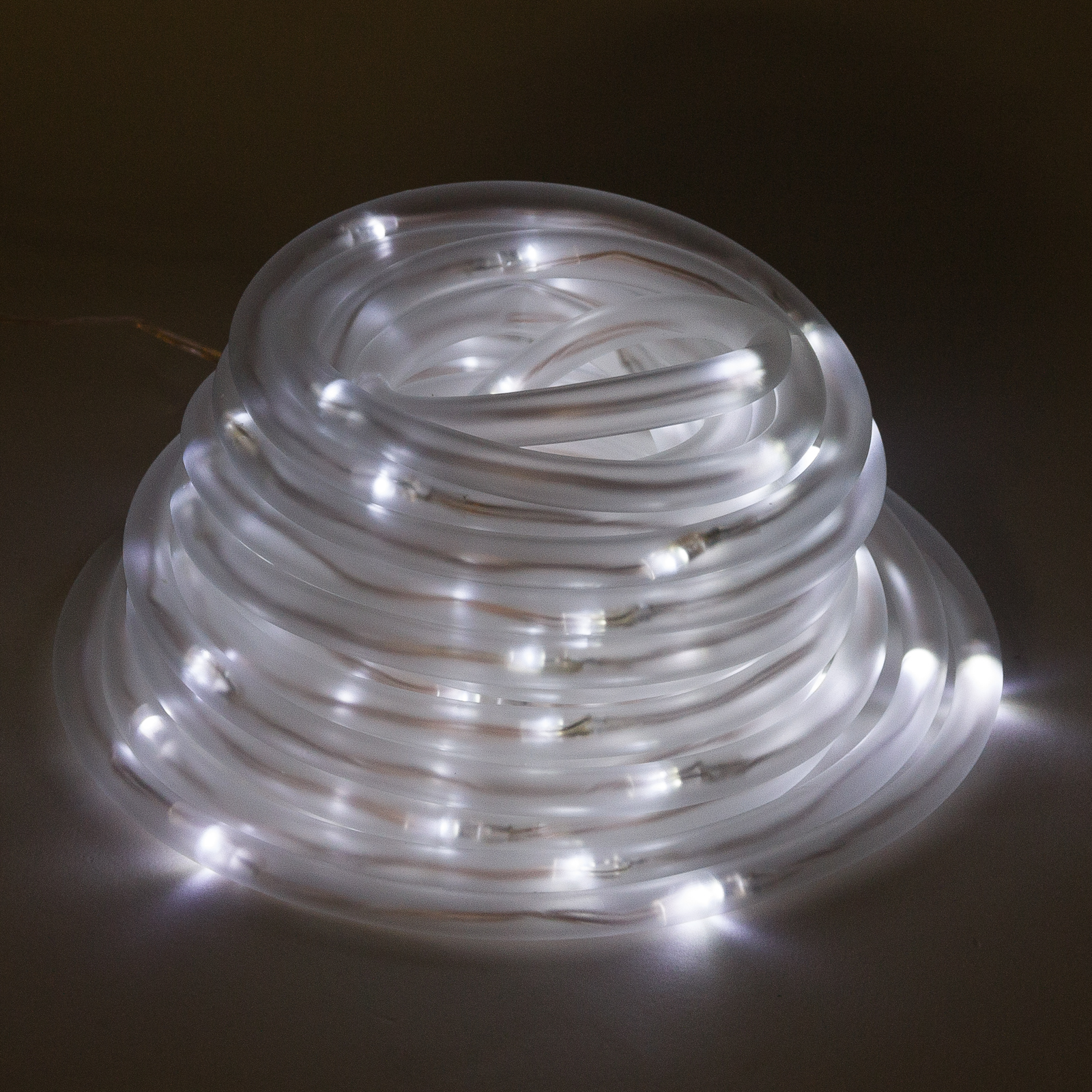 Solar Powered 100 White LED Rope Outdoor Garden Landscaping Decorative Light