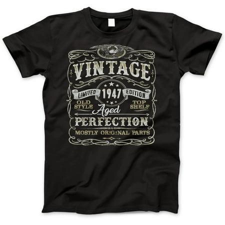 - 72nd Birthday Gift T-Shirt - Born In 1947 - Vintage Aged 72 Years Perfection - Short Sleeve - Mens - Black T Shirt - (2019 Version) Medium