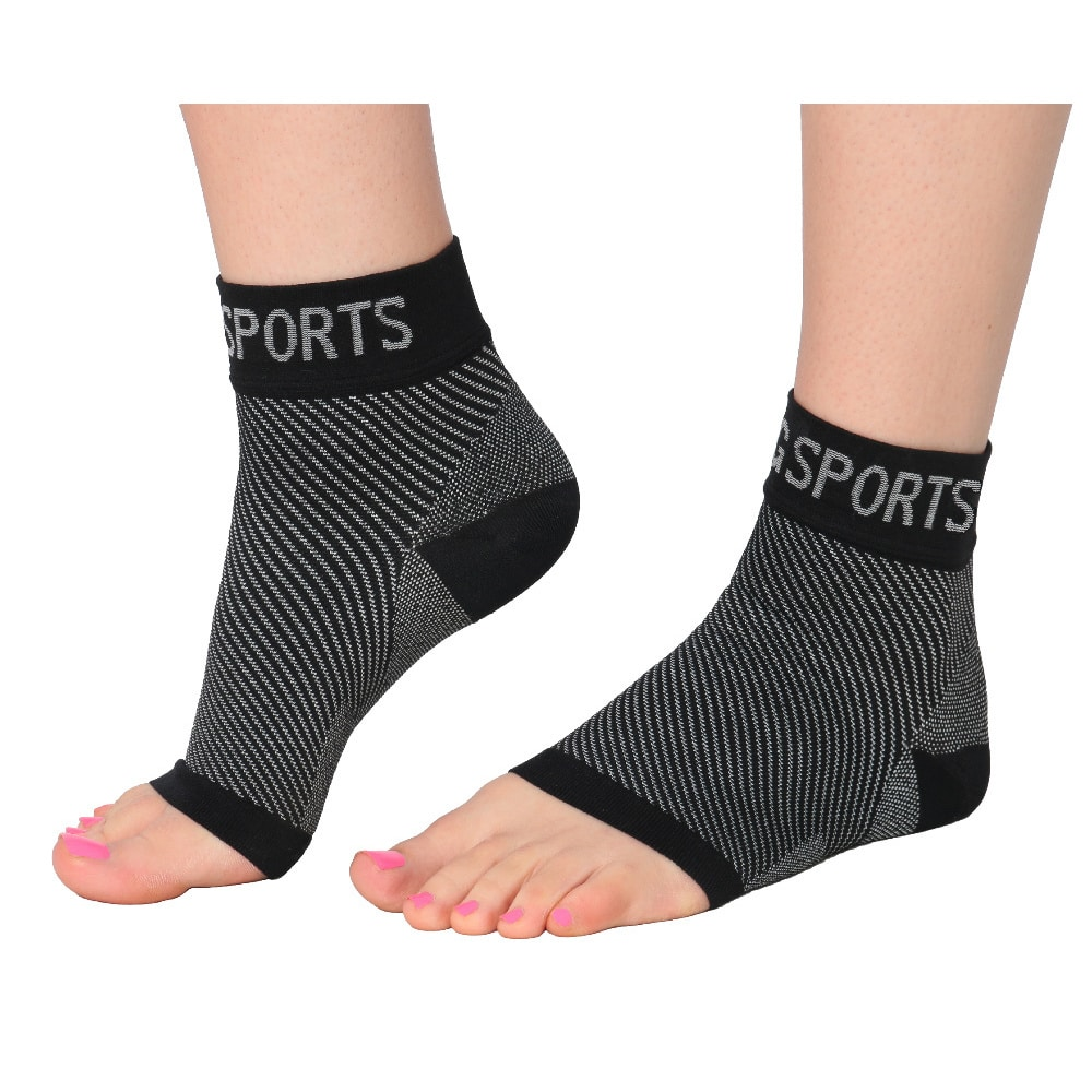 Plantar Fasciitis Socks Compression Ankle Sleeve Supports the Arches - Provides Ankle Support Supports Circulation to Reduce Swelling