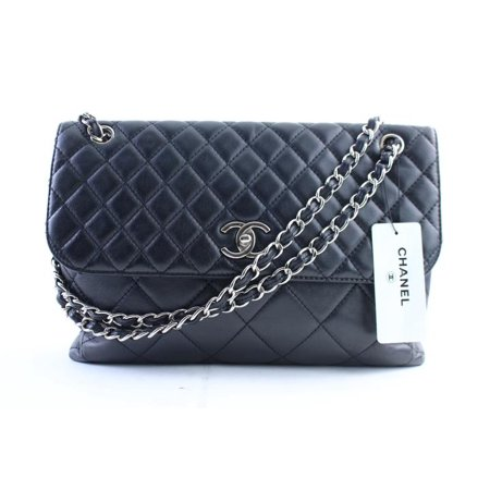 6d5b7679188b Chanel - Jumbo In-the-business Flap 14cr0306 Black Quilted Lambskin ...