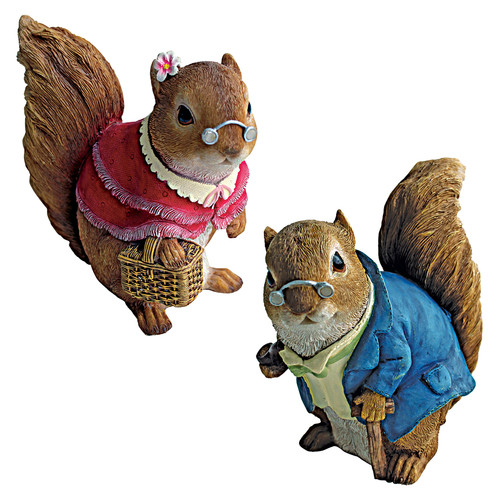 Design Toscano 2 Piece Grandparent Squirrel Garden Statue Set by Design Toscano
