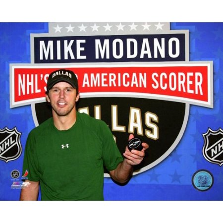 Mike Modano 511th NHL Goal All-time leading US Born Scorer 2007-08 Posed Photo