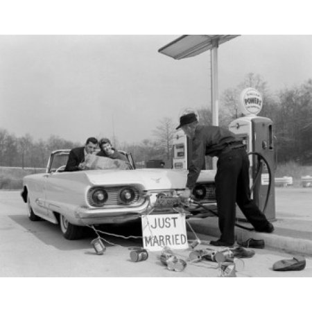 Just married couple on gas station reading map Poster Print (Mar Glas)