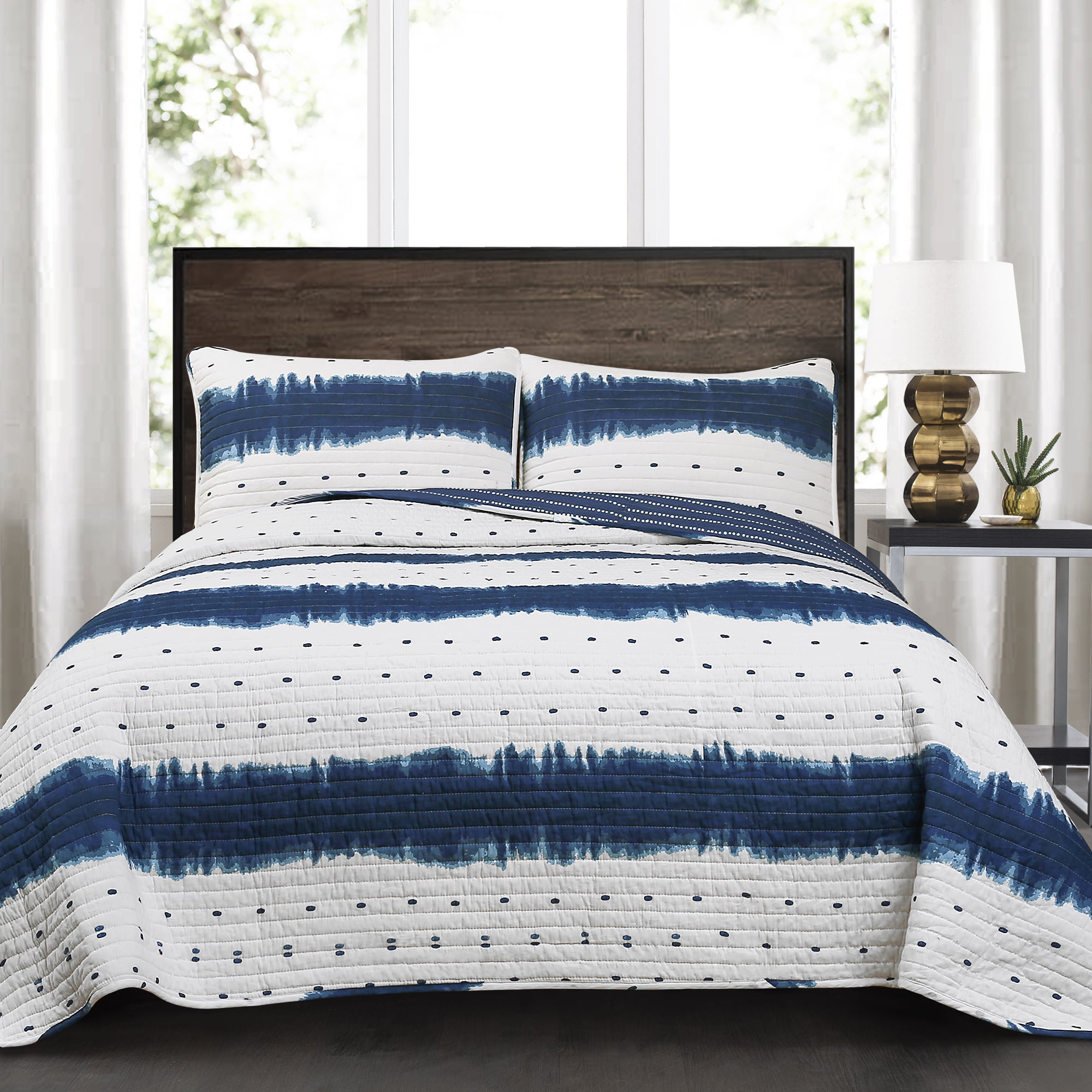 Jane Shibori 3 Piece King Quilt Set, Navy