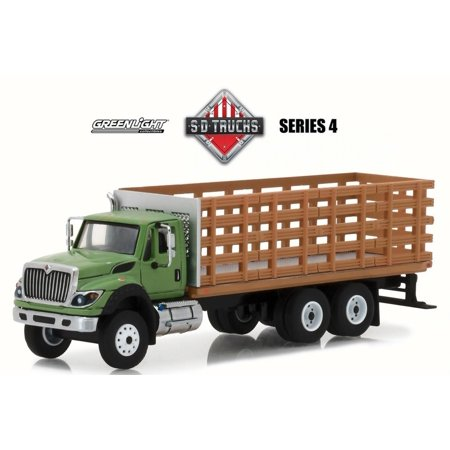 2018 International WorkStar Platform Stake Truck, Green w/ Brown - Greenlight 45040B/48 - 1/64 Scale Diecast Model Toy Car