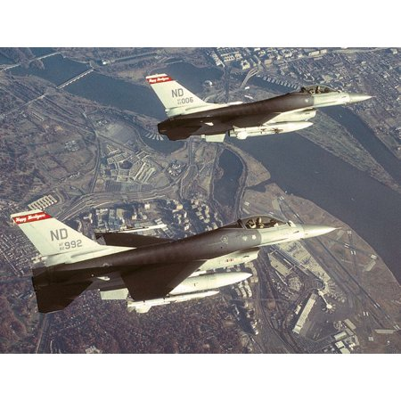 LAMINATED POSTER F-16s of the 119th Fighter Wing, North Dakota Air National Guard, fly a combat air patrol over Washi Poster Print 24 x (North Dakota Air National Guard)
