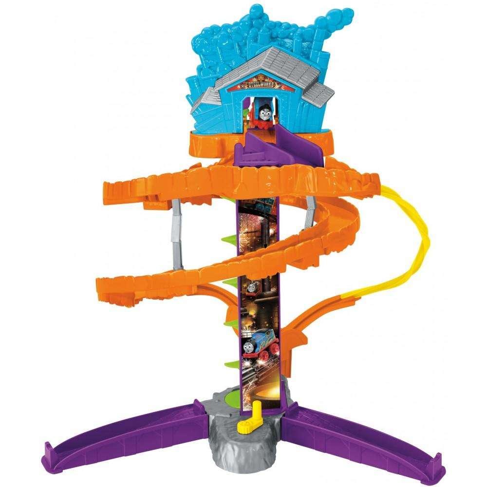 Thomas & Friends MINIS Steelworks Stunt Set by Mattel